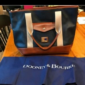 Dooney and Bourke New England Patriots Xl Tote